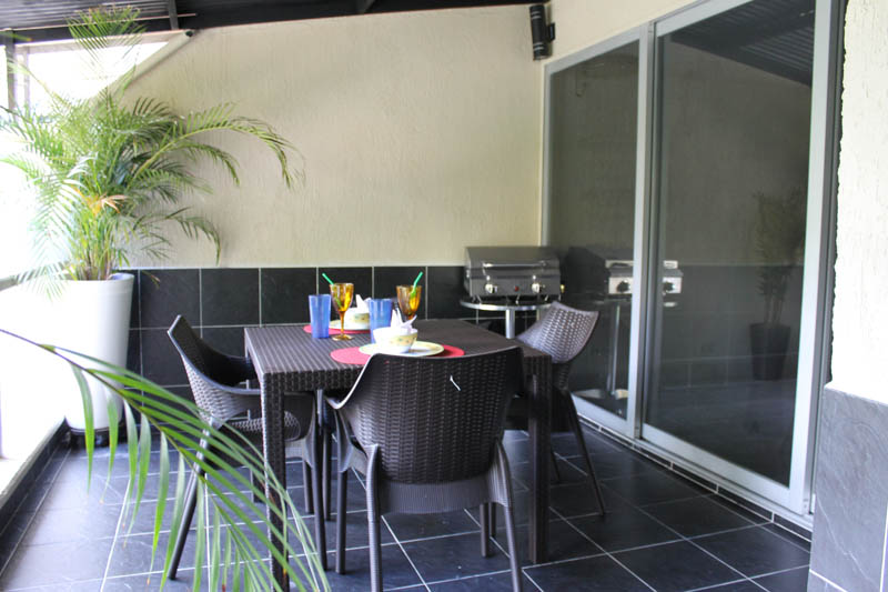 Outdoor Dining, Luxury Apartment for Rent