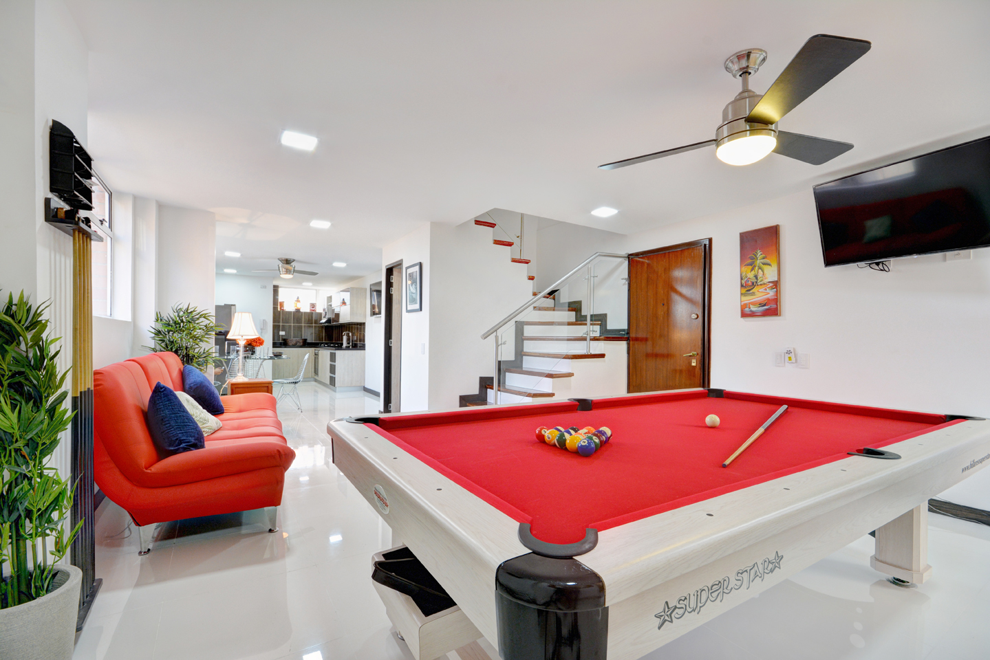 bachelor apartments in medellin