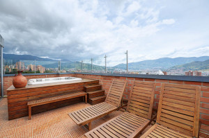 renting an apartment in medellin
