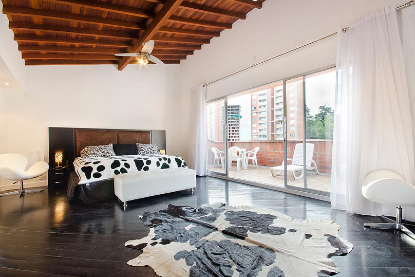 Alminar bedroom in apartment for sale Medellin