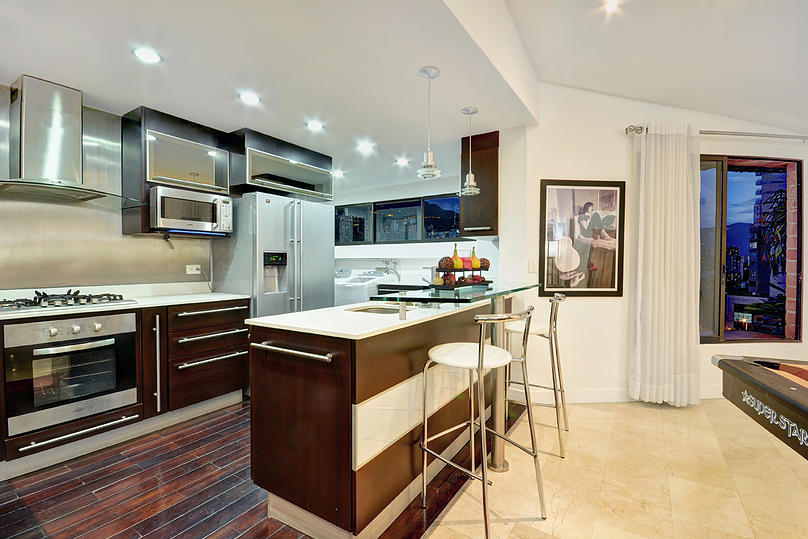 Contemporary kitchen in Medellin apartment for sale