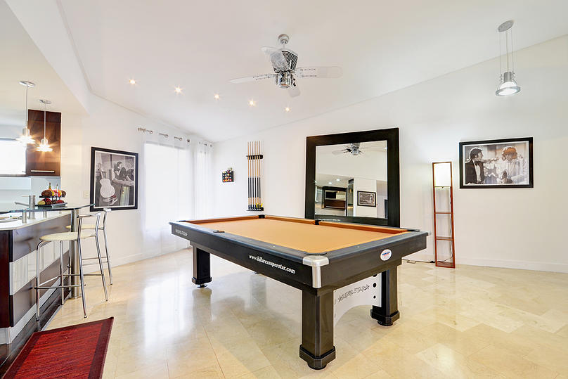 San Marino Pool table in Medellin apartment for rent
