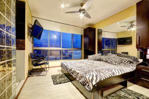 Wide Spacious windows in San Pedro Apartment bedroom in Medellin