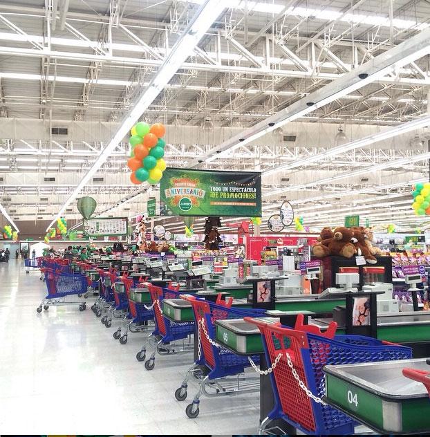 Jumbo supermarket.